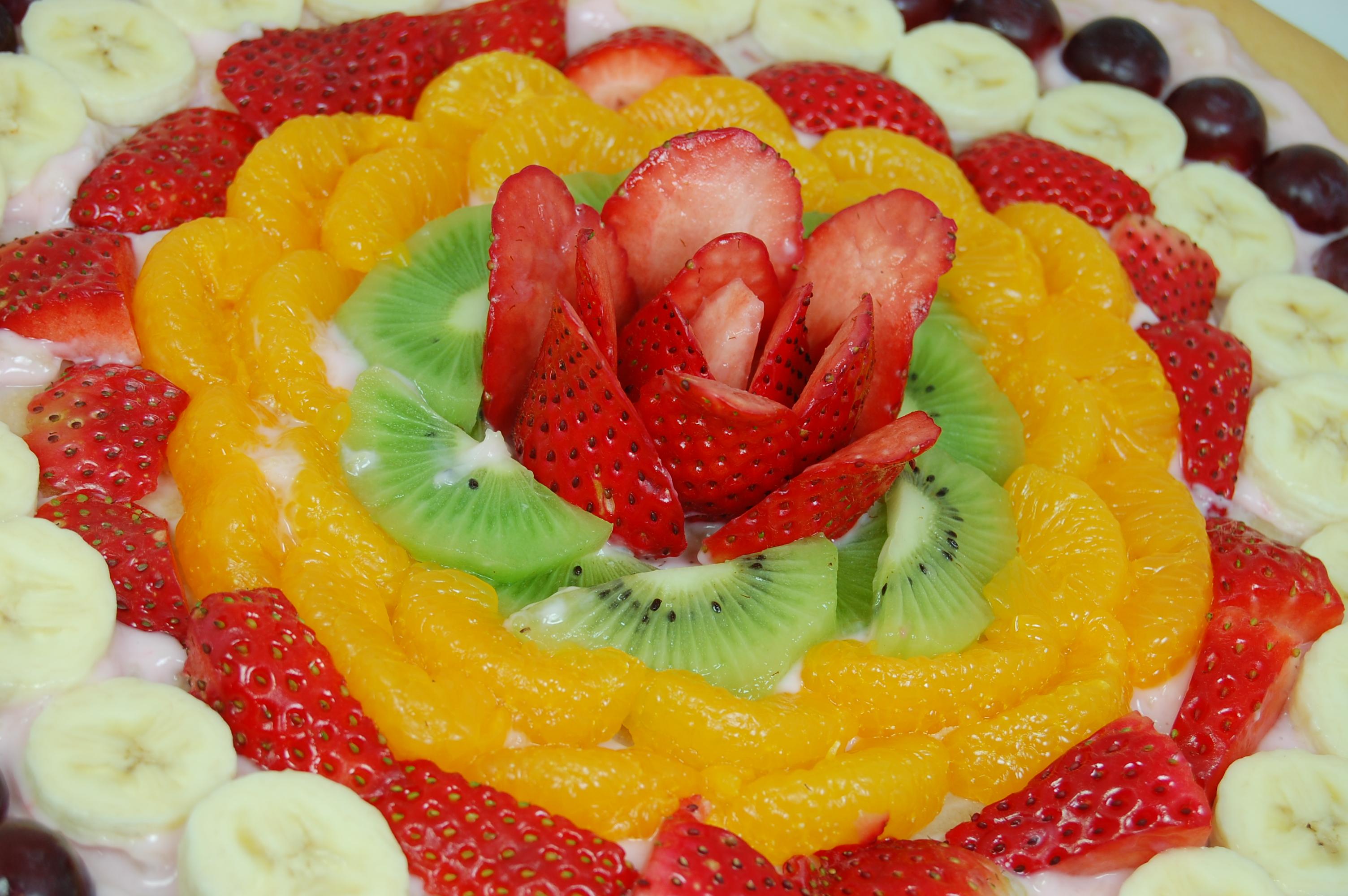 The Final Rose Fruit Pizza | Pennies on a Platter: Serving Tasty ...