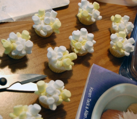Popcorn Cupcakes 2
